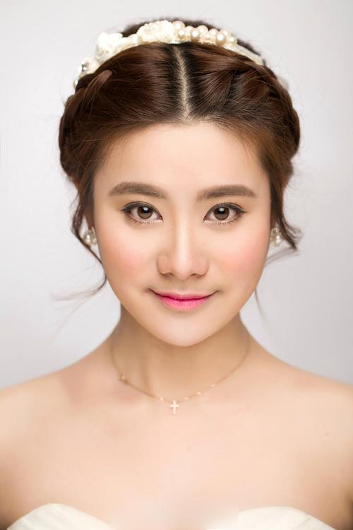 韩式新娘妆容造型