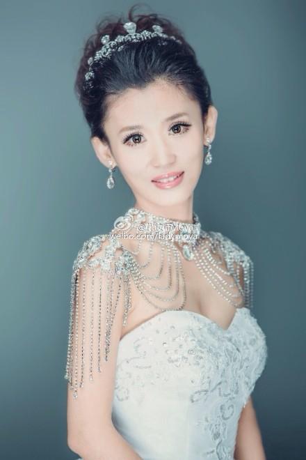 不同风格的新娘造型 哪款是你的最爱(3)