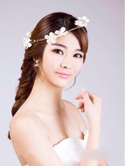 新娘发型图片 绽放优雅的美感4_妆面赏析_影楼化妆