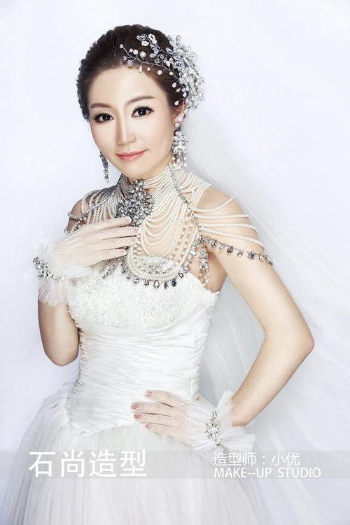2014最新百变新娘化妆造型组图欣赏