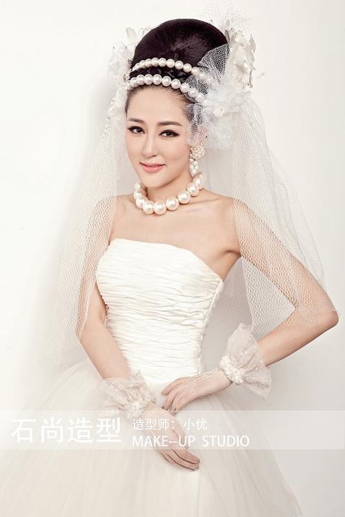 2014最新优美华丽新娘化妆造型组图欣赏