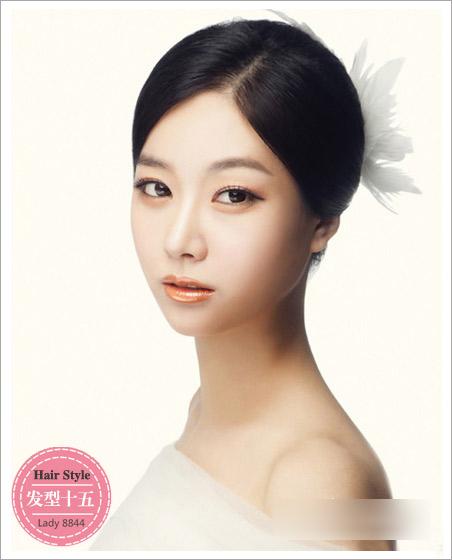 新娘发型流行趋势 彰显梦幻唯美效果(4)
