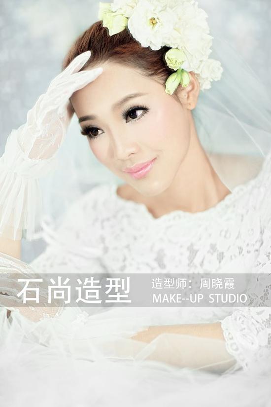 2014年最新花嫁新娘造型组图欣赏(4)_妆面赏析_影楼