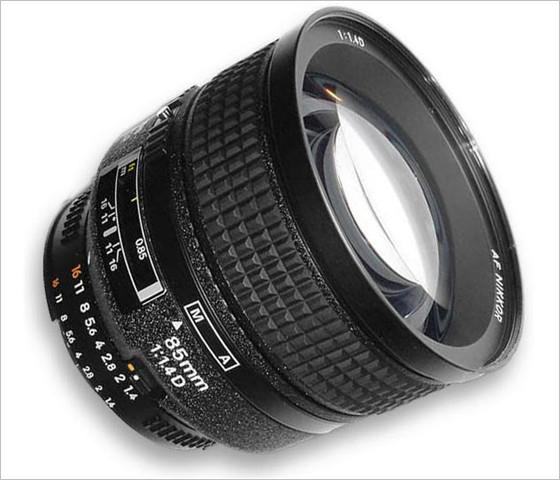 照相机普通广角镜头的焦距一般为38~24mm