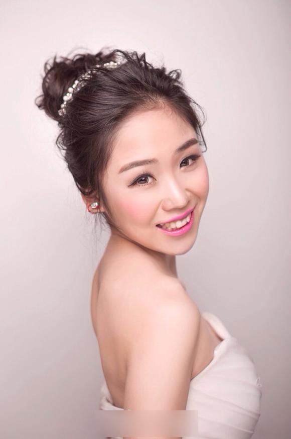 小清新新娘造型 洋溢幸福笑容_妆面赏析_影楼化妆_网