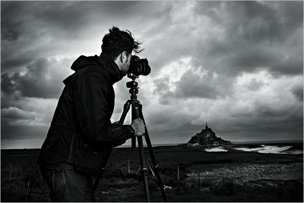 勇攀新高峰 顶级摄影器材捷信发布登山者系列三脚架