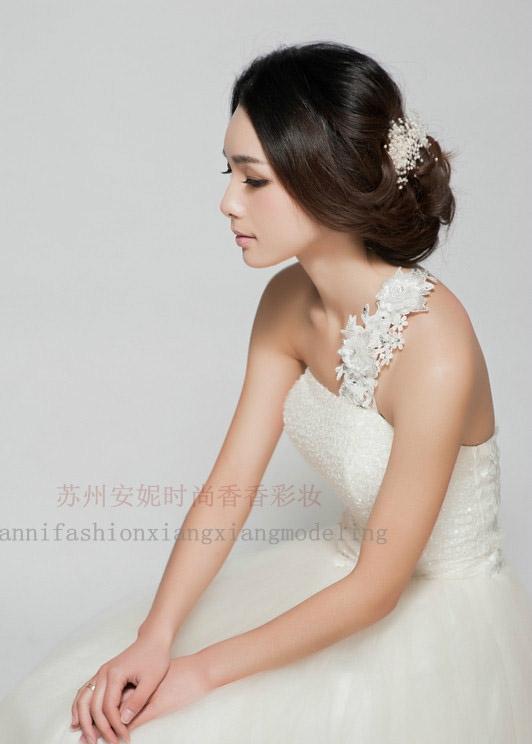 2014春夏气质新娘盘发造型组图欣赏