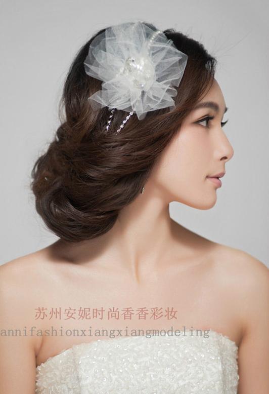 2017流行新娘发型盘发图片