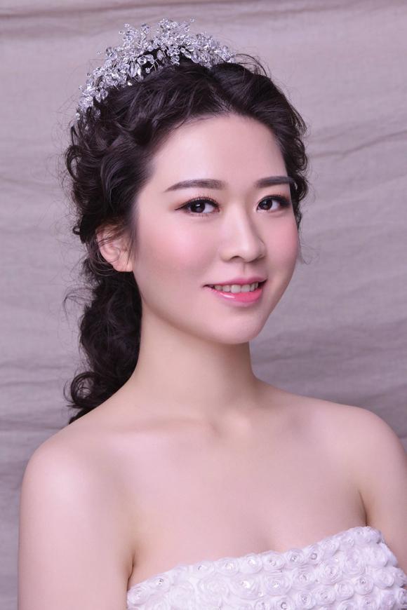 最新新娘化妆造型 温婉一笑倾国倾城_妆面赏析_影楼