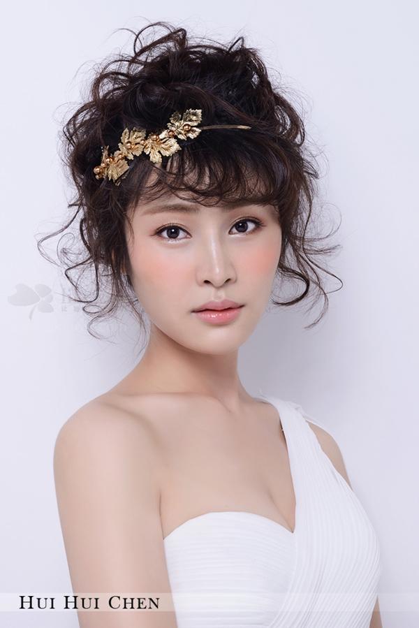 甜美短发新娘造型 化妆造型