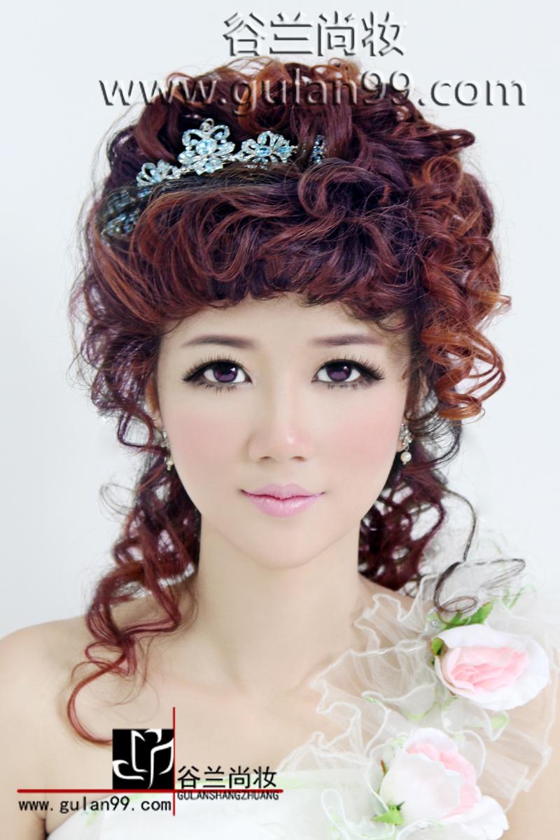 造型:[摩登化妆师 ] _发型设计