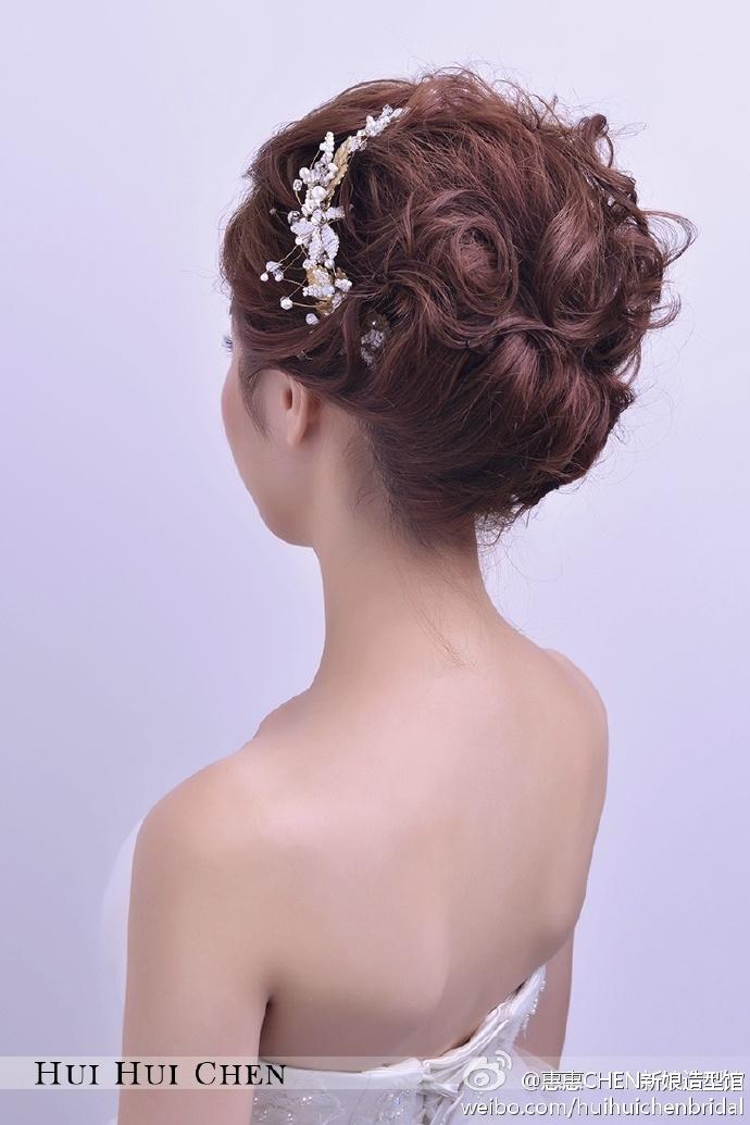 新娘盘发图片
