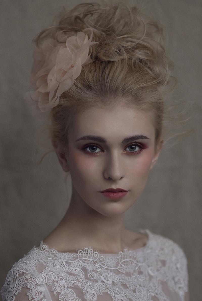 黑光网2016复古化妆造型图片展示