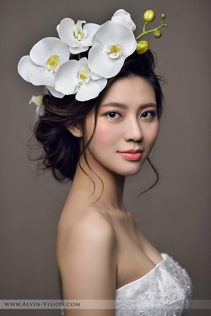 鲜花新娘造型