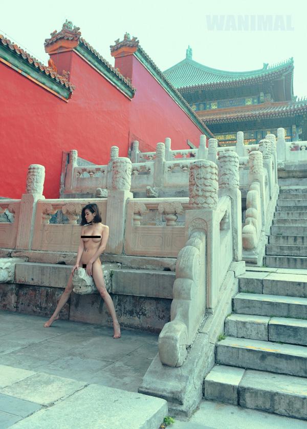 摄影师在故宫博物馆内拍摄人体艺术照引争议