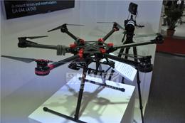 实用无人机出现 可搭载单反