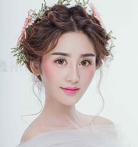 2016新娘鲜花发型 步骤
