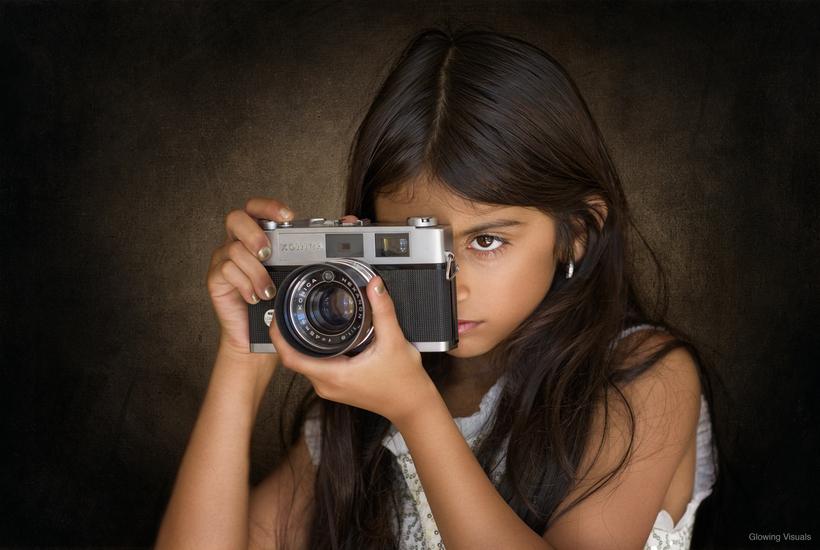 不只是可爱 国外摄影师镜头下萌娃的模特范儿