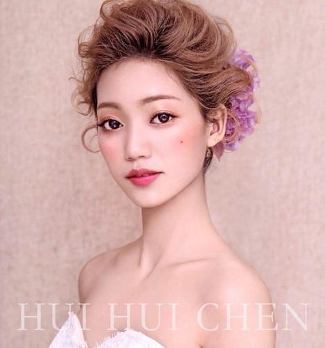 文章内容 >> 2017短发新娘的造型盘点  2017年女短发图片答:短发可爱