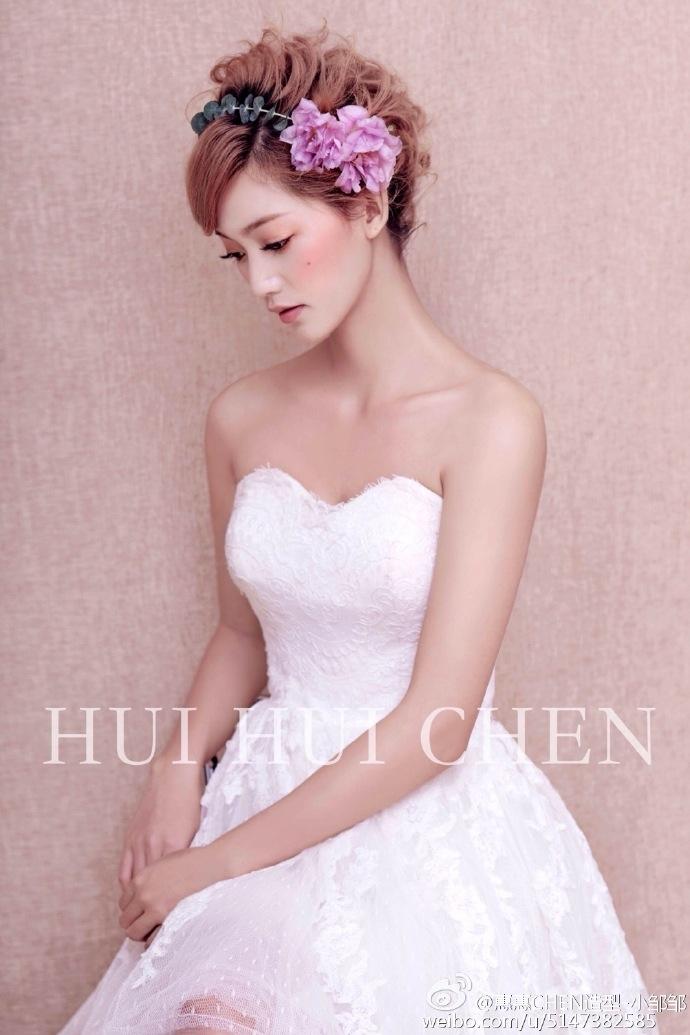 多变的短发新娘造型图片