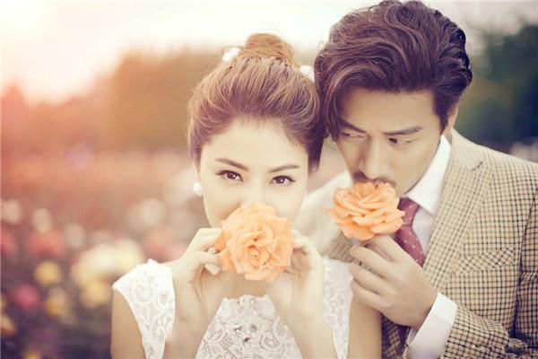 婚纱影楼迎变革 联手互联网打造C2C市场