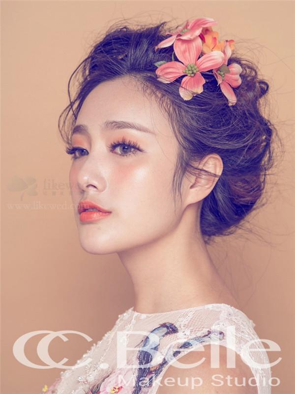 时尚鲜花新娘造型_妆面赏析_影楼化妆_黑光网图片
