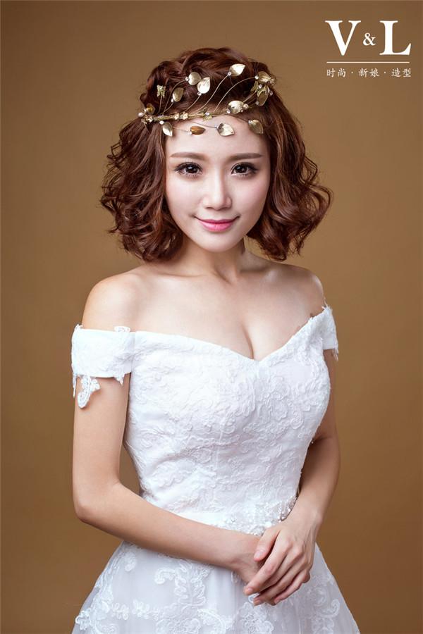 短发新娘的百变造型欣赏