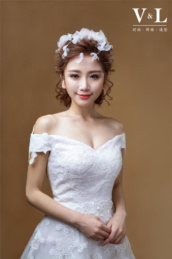 短发新娘的百变造型欣赏图片