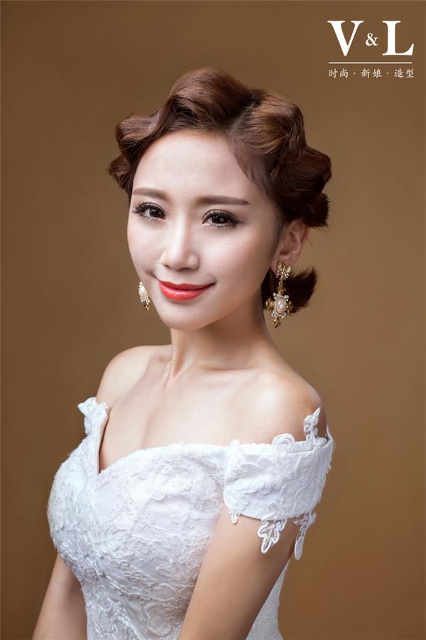 短发新娘的百变造型欣赏(2)