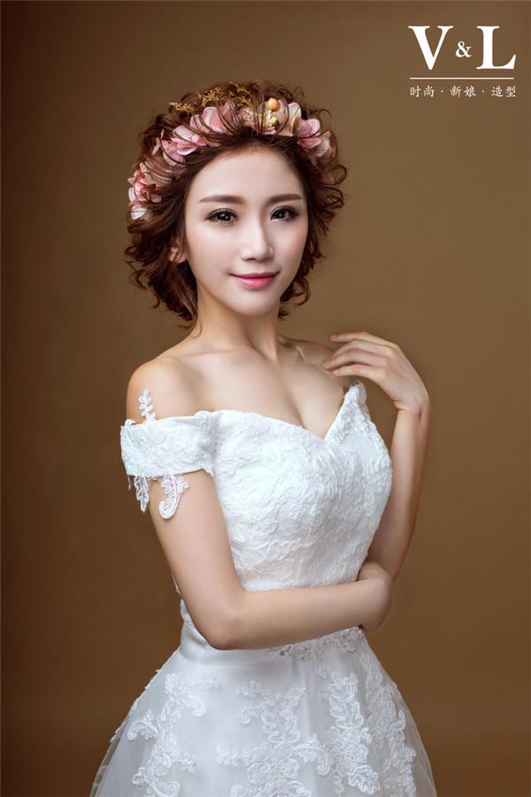 短发新娘图片