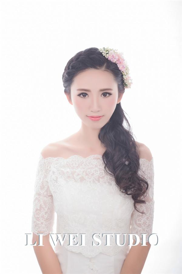 森系新娘造型欣赏_妆面赏析_影楼化妆_黑光网