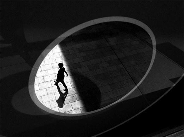 黑白光影_摄影师与影像_影楼摄影_黑光网