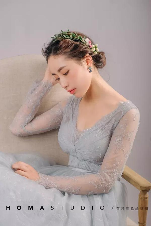 气质减龄的简约森系新娘造型(2)