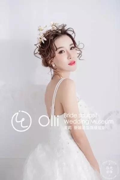 清新淡雅的白色系新娘造型欣赏_妆面赏析_影楼化妆_网