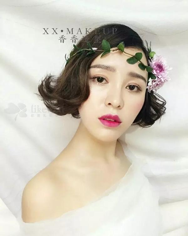 清新复古的韩式短发新娘造型
