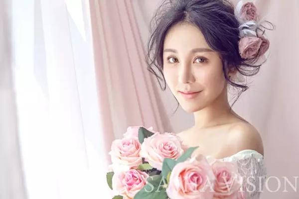 时尚唯美的新娘造型图片