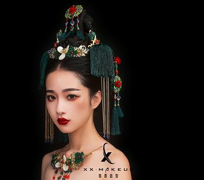创意古典中式新娘造型