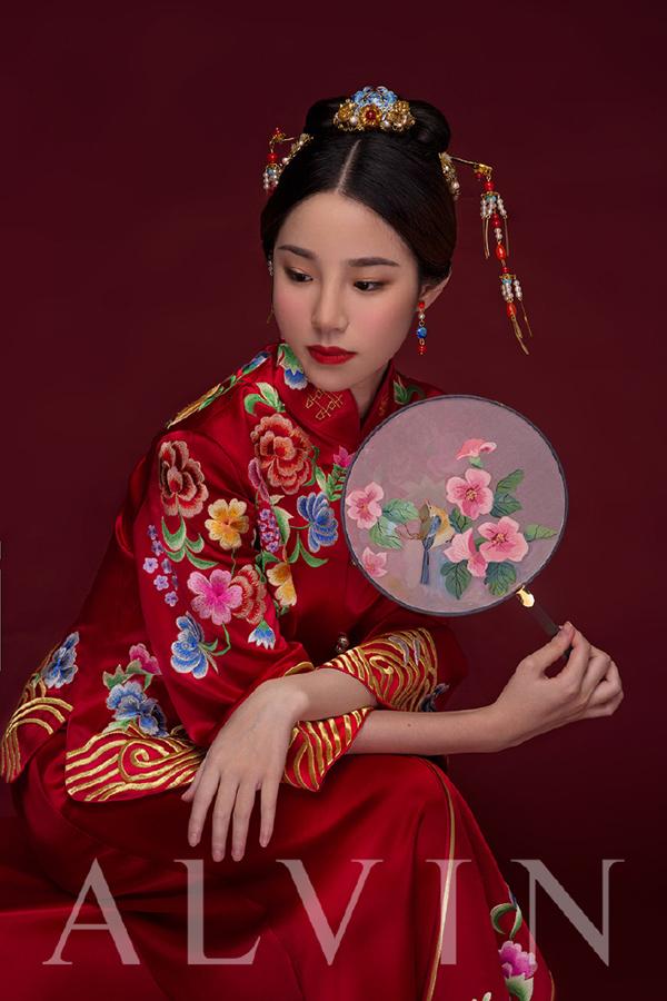 中式新娘造型 古典高贵气质与柔情的完美结合图片