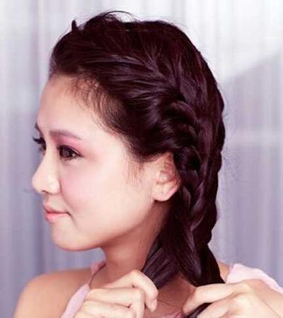 韩式新娘盘发发型图解 做个优雅端庄的新娘图片
