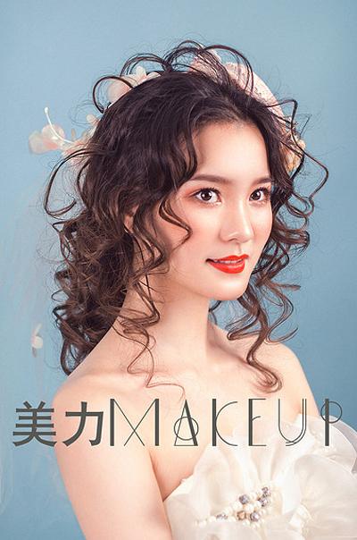 轻复古造型 优雅温婉的盘发新娘(2)_妆面赏析_影楼_网