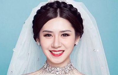 韩式新娘妆的画法步骤 在夏季做个美丽动人的新娘