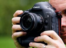 要买需趁早 佳能宣布10月8日起相机涨价