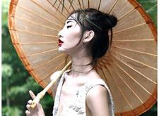 蘑菇街《时尚芭莎》启动全球旅拍向时尚经典致敬