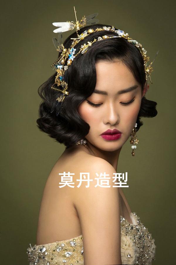 大气的复古巴洛克新娘造型 尽显女王范