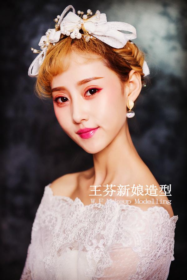 韩式新娘造型 彰显新娘的清新温婉和甜美