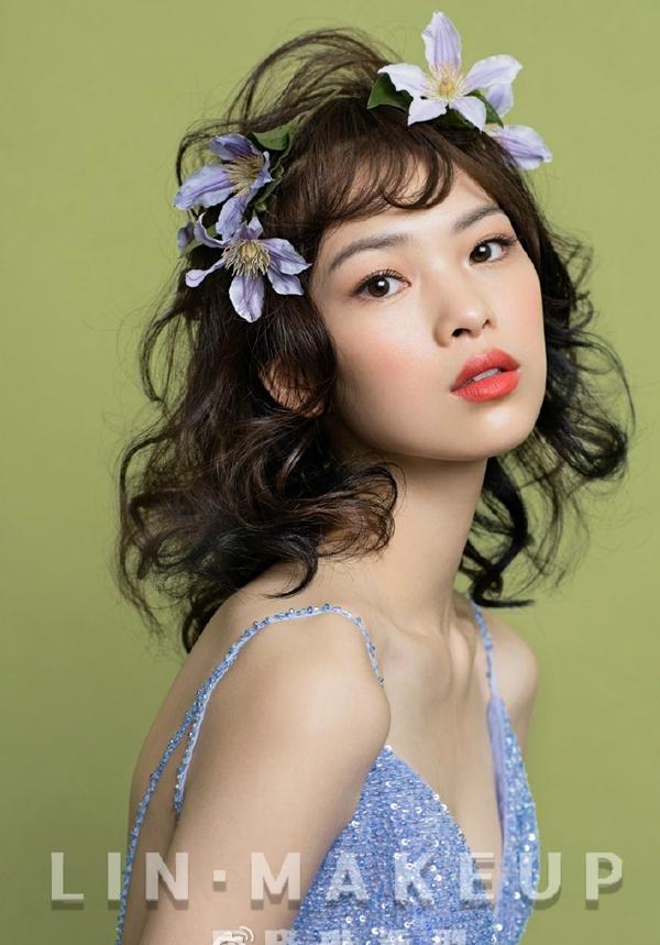 鲜花新娘造型 秋天里的一抹清凉_妆面赏析_影楼化妆图片