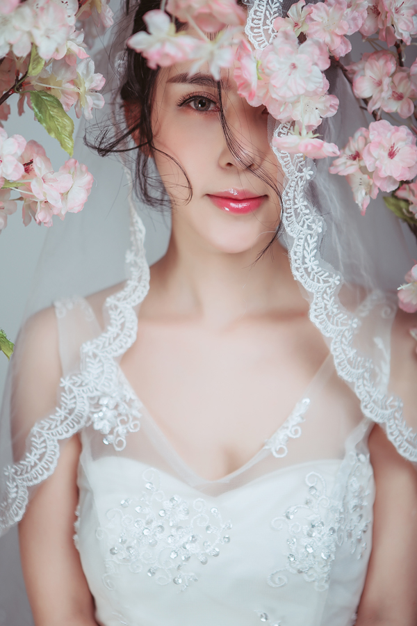浪漫主义经典新娘婚纱造型 简直美哭了