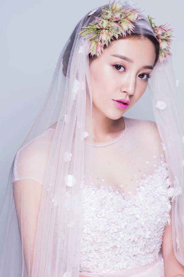 时尚新娘鲜花造型 仙美清新田园范儿