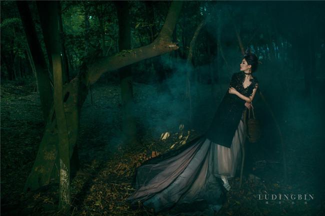 森系艺术写真作品欣赏:一个人的森林