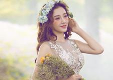 最新影楼资讯新闻-韩式简约鲜花造型 端庄柔美风